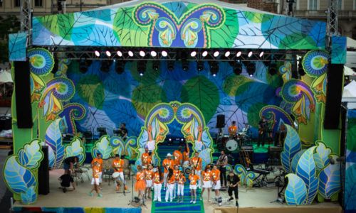 Festival of the Enchanted Song The Grechuta brand